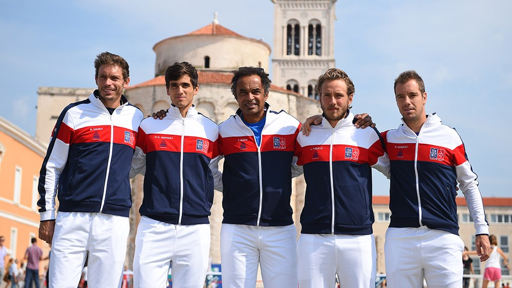 Francouzský tým; © Corinne Dubreuil, www.daviscup.com